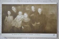 """CPA """" Musée du LUXEMBOURG - La Famille (E.Carrière)"""