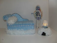 Monster High Doll Furniture Chaise Lounge Bed Igloo table and Lamp for Abbey