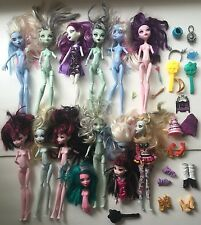 MONSTER HIGH LARGE LOT DOLLS FOR OOAK PLAY OR REPLACEMENT PARTS
