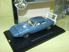 DODGE CHARGER DAYTONA 1969 Bleu Clair UNIVERSAL HOBBIES 1:43