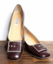 """BCBG MAX AZRIA RED BROWN LEATHER BUCKLE DECOR 2"""" MED HEEL CLASSIC PUMP SHOES 7B"""
