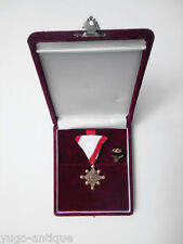 Unknown Japan Japanese medal decoration Sacred Treasure with miniature cased