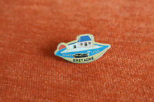 16009 PIN'S PINS FRANCE BRETAGNE BRITTANY SAINT CADO