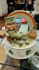 VINTAGE ENESCO LEPRECHAUN POT OF GOLD RAINBOW MUSIC BOX IRISH EYES ARE SMILING