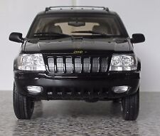AUTO ART JEEP GRAND CHEROKEE 1999 1.18 SCALE , BLACK , RARE