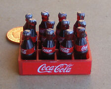 1:12 PLASTICA COCA COLA CRATE & BOTTIGLIE DOLLS HOUSE miniatura BAR coke Accessorio