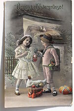 16817 AK Kitsch Jung und Mädchen Ostereier Vogelnest Vögel Henne Korb um 1917