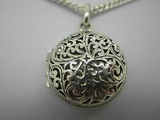 CELTIC VINTAGE SOLID SILVER PIERCED ROUND LOCKET & SOLID SILVER NECKLACE 20.3g