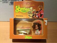 Vintage The Littles Daphne and her bathtub NRFB Mattel 1980 dollhouse miniature
