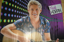 Niall Horan  __  1 Poster  __  Size 28,5 cm x 41 cm
