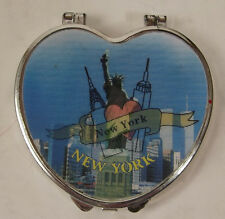 New York Plastic Compact With Twin Towers