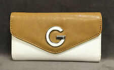 NEW GUESS WHITE MULTI LIMRA SLIM TRIFOLD CLUTCH WALLET