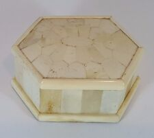 VINTAGE WOODEN SHELL & BRASS COVERED 6 SIDED SNUFF PILL BOX TRINKET POT