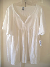 So Pretty Old Navy White Embroidered Front T-shirt Knit Blouse Top 2X 18 20 XXL