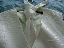 EX HIRE WHITE WAISTCOAT AND SCRUNCH TIE SIZE 42 CHEST