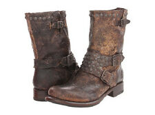 New in Box FRYE Women's Jenna Studded Short Boot Chocolate Size 5.5 Retail $ 328