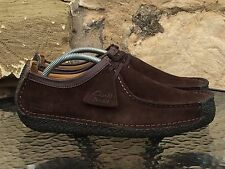 Clarks Originals Natalie 8,5 UK NUOVA MARRONE SCURO IN PELLE SCAMOSCIATA Wallabees Deserto Trek