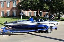 2009 NITRO BY TRACER X5 COMPETITION BASS BOAT ENGINE AND TRAILER NO RESERVE