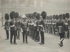 ORIGINAL VINTAGE PHOTOGRAPH OF KING GEORGE THE 5TH - REVIEWING GUARDS