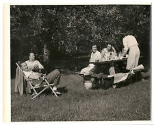 1940-1950 photo of young couples enjoying a picnic w/ beer, cheese whiz&crackers