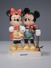 +# A004242_01 Goebel Archiv Muster Disney Micky Minnie 17-339 Plombe