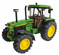 BRITAINS John Deere 3650 Tractor 1:32 Diecast Farm Model 42904