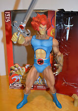 "THUNDERCATS LION-O 14"" TALL ACTION FIGURE MEZCO SWORD OF OMENS 2011 CLAW SHIELD"