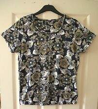 Debenhams Collection Size 16 T-Shirt with Navy, Khaki, White Floral Pattern