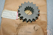 Yamaha snowmobile drive sprocket  1980 ss440  nos 17 tooth upper chain