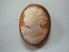 ANTIQUE GOLD TONE CARVED CAMEO BROOCH PIN PENDANT WITH LOVELY LADY PORTRAIT