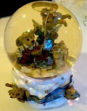 THE FLYING LESSON...THIS END UP SNOWGLOBE MUSICAL 270601 BOYDS COLLECTION
