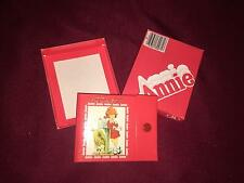 VINTAGE 1982 TRIBUNE COMPANY - ANNIE ADDRESS BOOK     NIB