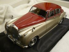 Minichamps 1960 Bentley S2 Silver/Red 1:18*New Color! Very Nice