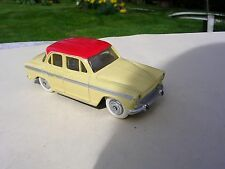 Dinky toys SIMCA P 60 n° 544 de 1958 Made in France