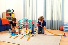 Hot Wheels Ultimate Garage Playset ~ Biggest Ever HUGE Inc. 5 Vehicles