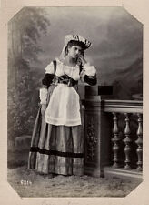 c.1880 PHOTO  - ITALY SOMMER WOMAN IN TRADITIONAL DRESS