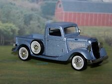 1935 35 FORD STEP-SIDE PICKUP TRUCK 1/64 SCALE DIECAST MODEL COLLECT - DIORAMA