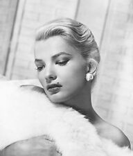 Gena Rowlands UNSIGNED photo - H3995 - STUNNING!!!!!
