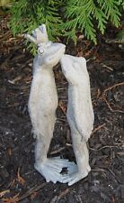 Kissing FROGS King Crown Toad Statue*Primitive/French Country Farmhouse Decor