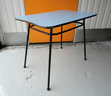 VINTAGE RETRO 1950s / 60s BLUE & WHITE FORMICA KITCHEN TABLE WITH BLACK LEGS