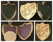 AN EXQUISITE ANTIQUE VICTORIAN 9CT GOLD BLOODSTONE SET FOB / LOCKET CIRCA 1880