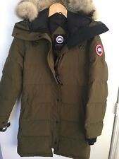CANADA GOOSE WOMEN'S MILITARY GREEN SHELBURNE PARKA - SMALL