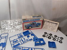 Model Kit Rebel Courier Pick-up