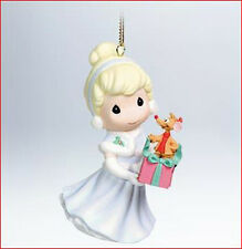 2011 Hallmark PRECIOUS MOMENTS Ornament CINDERELLA Walt Disney *Priority Ship