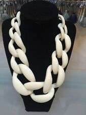 NWOT Ivory White Statement Necklace Anthropologie