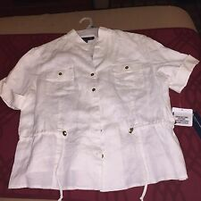 Beautiful Womans MACYS, Jones New York, cute White XL top New with Tags
