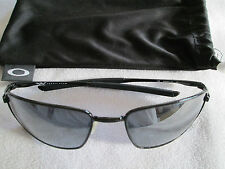 Oakley black metal frame Square wire sunglasses. OO4075-01.