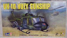 REVELL UH-1D Huey Gunship 1/32 scale helicopter plastic model kit 5536