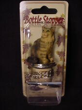 MAINE COON CAT Brown kitten CORK WINE BOTTLE STOPPER Resin HAND PAINTED FIGURINE