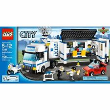 LEGOS CITY MOBILE POLICE UNIT #7288 New In Box